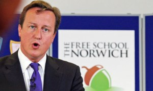 David-Cameron-speaks-duri-007