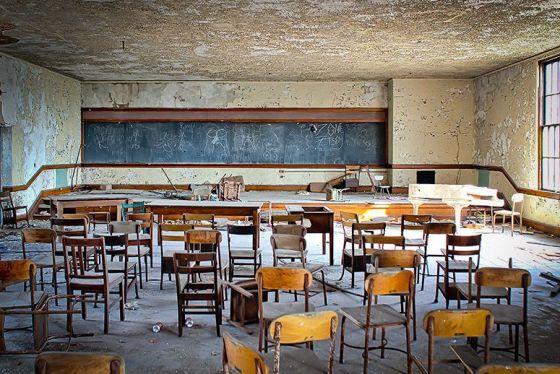 abandoned-detroit-school